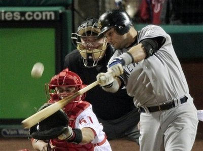 capt_ws42111010337_world_series_yankees_phillies_baseball_ws421.jpg